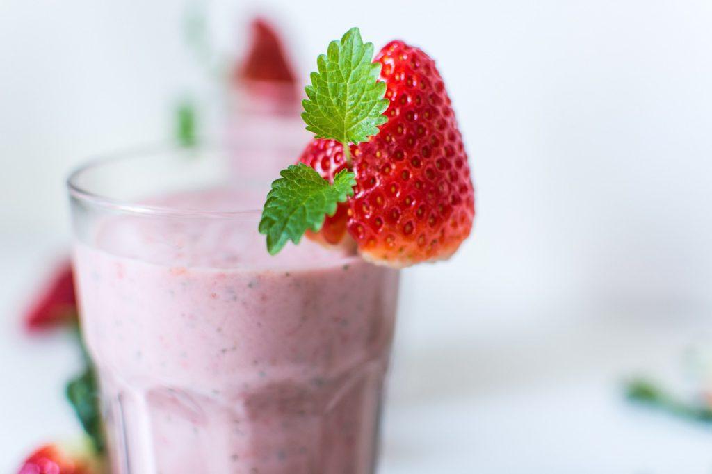 (laufmotivation.de) leckerer-erdbeer-smoothie